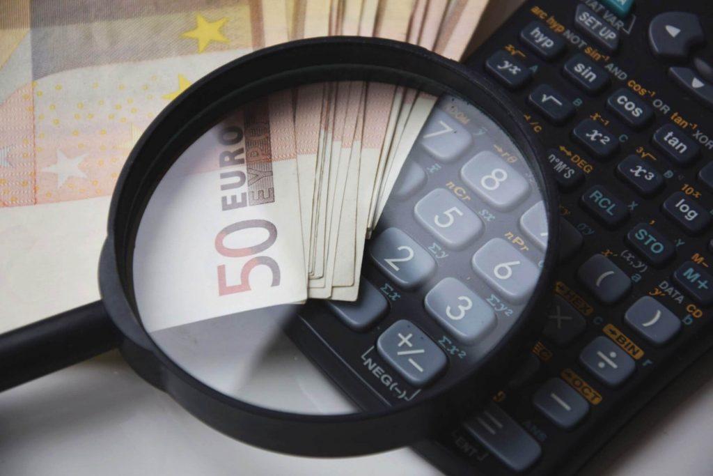analyzy-a-porovnania-ako-investovat